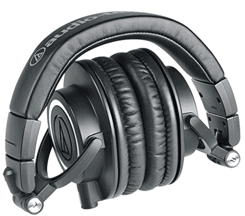 pair_of_headphone_for_podcaser-removebg-preview 5